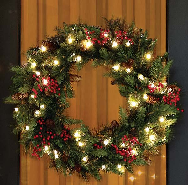 battery operated christmas wreaths - Battery Lighted Christmas Decorations