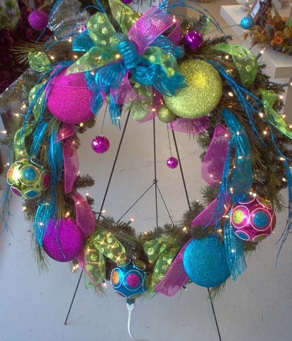 image pinterest - Artificial Christmas Wreaths Decorated