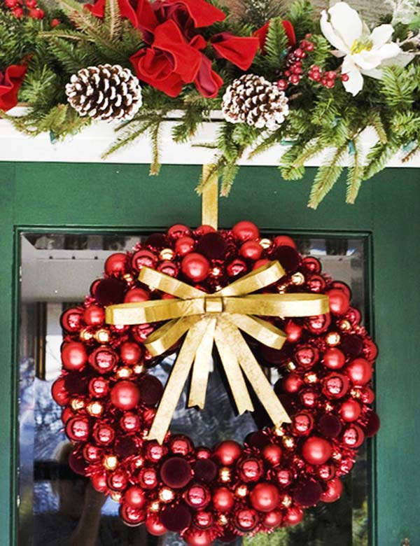 christmas-ball-wreaths