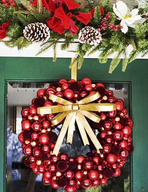 christmas-ball-wreaths