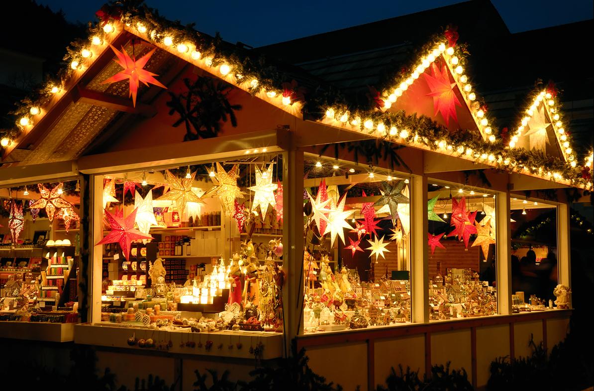 christmas celebration in england - Celebration Christmas Lights