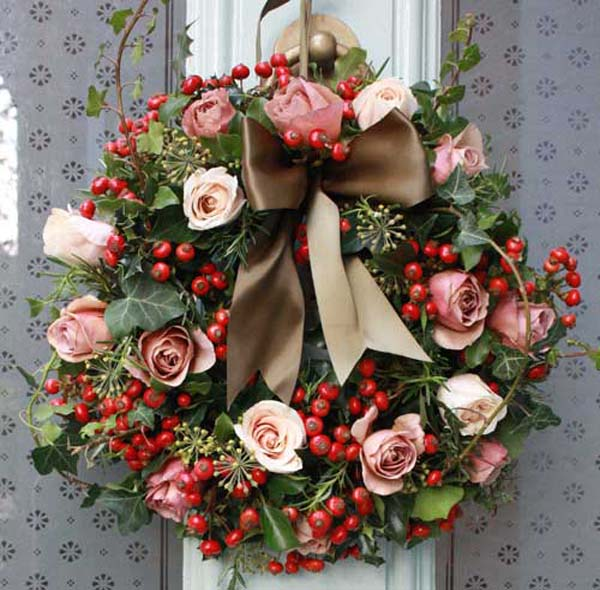 image flowerona - Artificial Christmas Wreaths Decorated