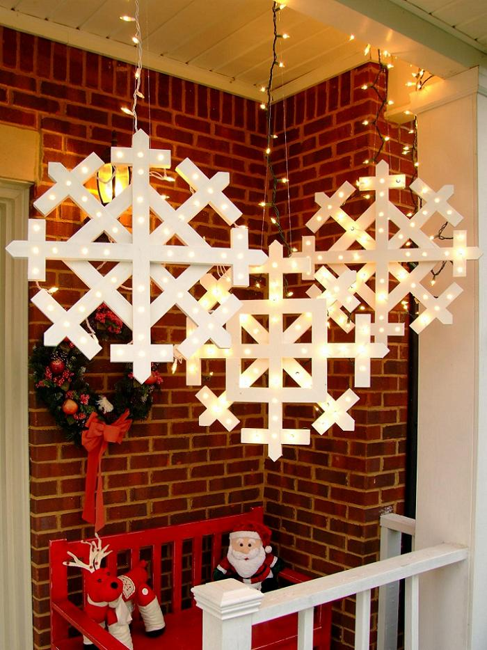 Original_Snowflake-Finished-on-Porch