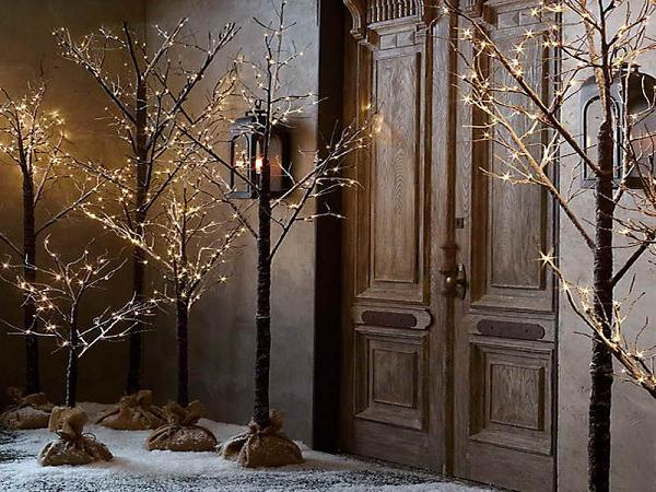 Wooden-outdoor-Christmas-decorations