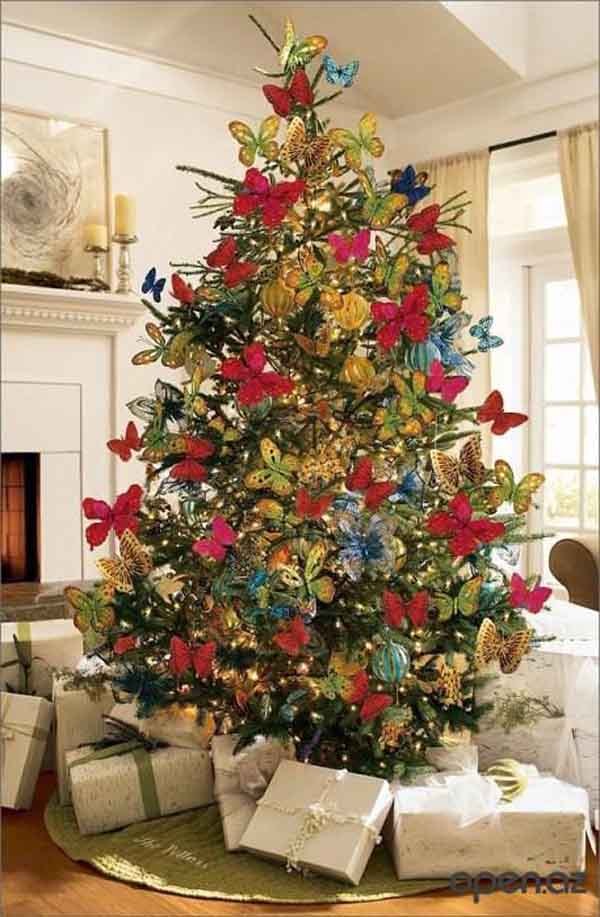 butterfly-theme-christmas-tree