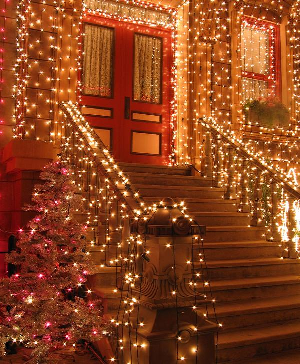 front-door-christmas-decorating-ideas