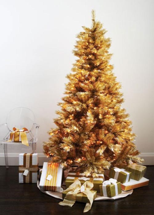 gold-christmas-tree-decorations