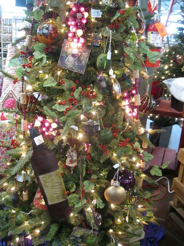 grape-and-wine-christmas-tree-2