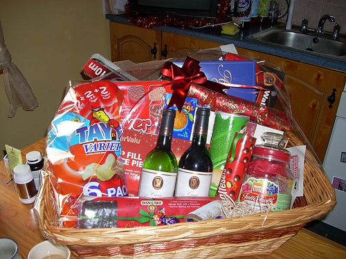 homemade-christmas-hampers - Christmas Celebration - All about Christmas