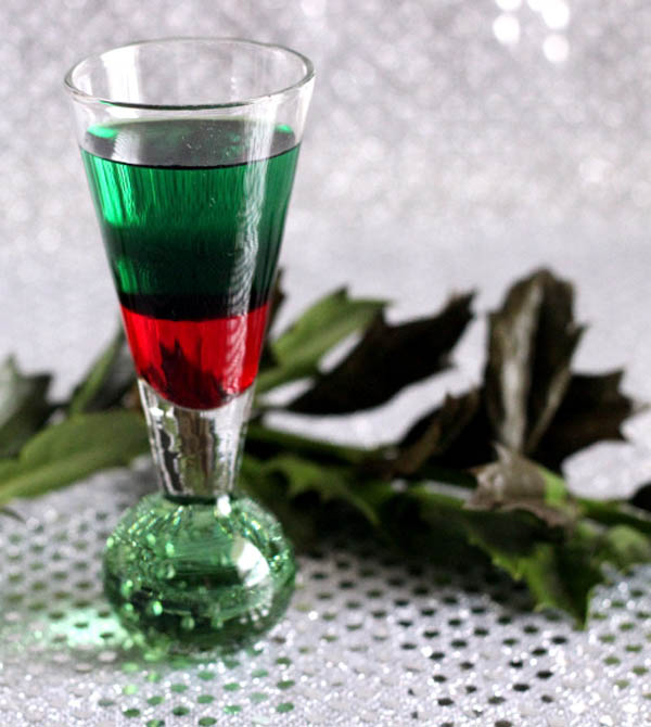 18 Festive Christmas Drinks And Cocktails