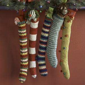 Sometimes cheap christmas stockings can also make great christmas stockings. Photo Credit: http://www.designmom.com/wp-content/uploads/from_blogger/Picture-3-793404.png