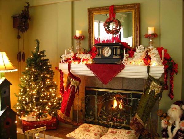 christmas decorations for fireplace mantels ideas - Mantelpiece Christmas Decorations