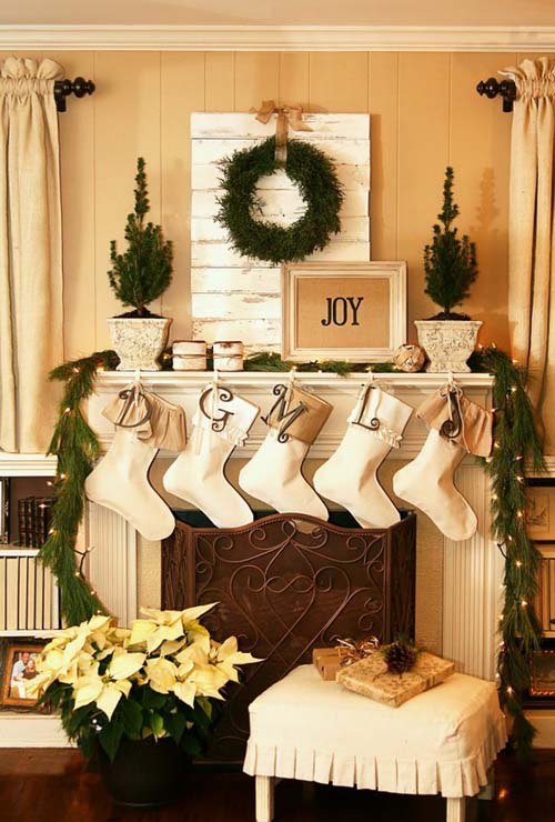 christmas fireplace decorating ideas 08 - Christmas Fireplace Decorating Ideas