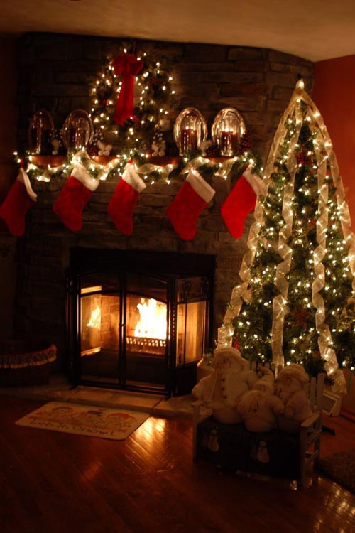 image pinterest christmas fireplace decorating ideas 14