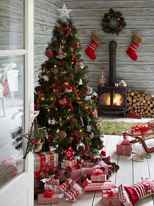 christmas-fireplace-decorating-ideas-24