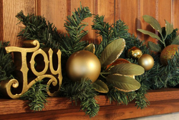 christmas-garland-decorating-idea