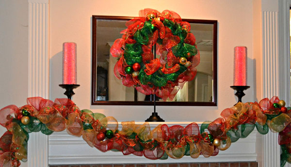 christmas-mantel-garland