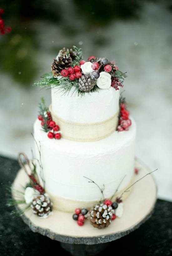 25 Breathtaking Christmas Wedding Ideas Christmas Celebration