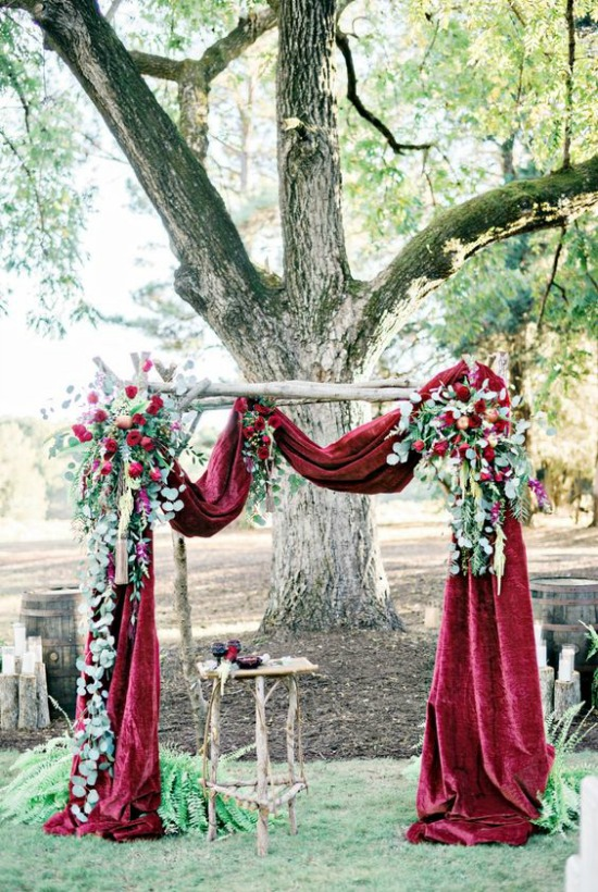 Winter Wonderland Christmas Wedding Ideas.25 Breathtaking Christmas Wedding Ideas Christmas