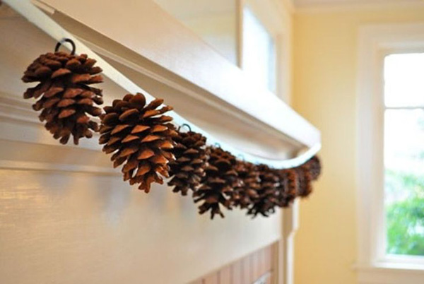decorative-christmas-garland