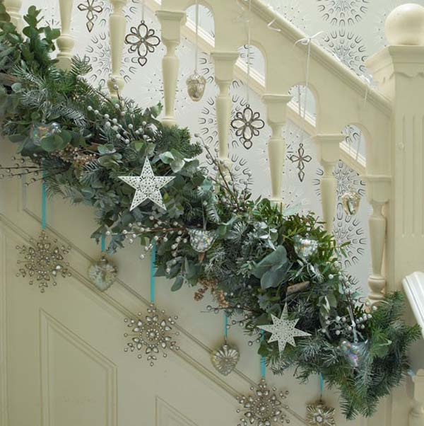 indoor-christmas-garland