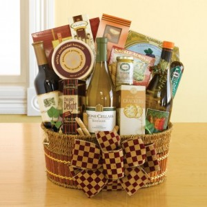 Christmas Gift Hampers Are a Popular Gift Option. Photo Credit: redelf.hubpages.com