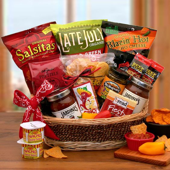 Amazing Christmas Gift Hamper Ideas Part - 11: The First And The Most Common Hamper Is The Food Hamper, Which Qualifies As  A Classic Christmas Gift. It Contains Various Grocery Items Like Canned  Goods, ...