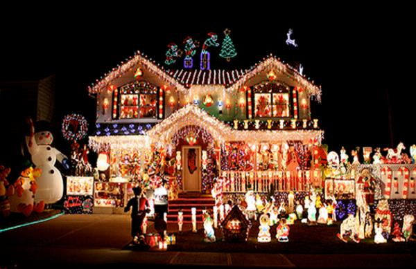 decorated-christmas-house