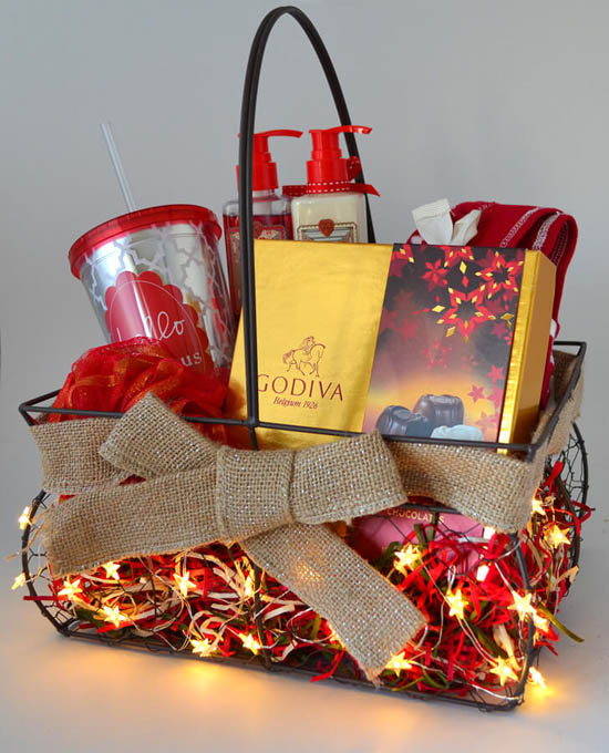 Christmas Cake Hamper Ideas : Top Christmas Hamper Ideas   Christmas Celebrations