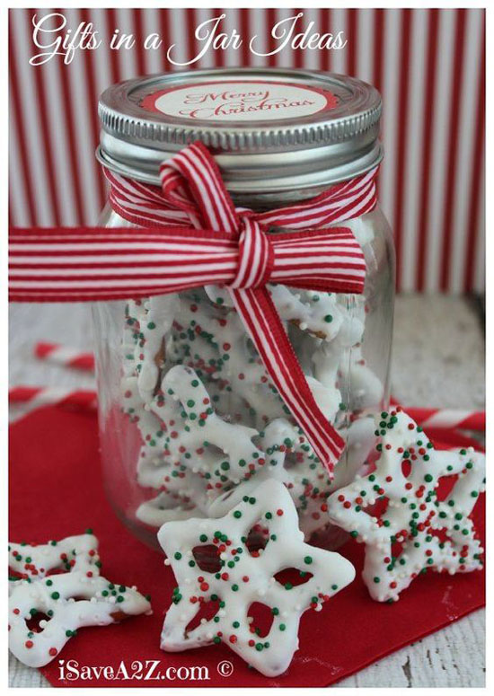 If you love to bake, how about making some cute and yummy treats and give  them to your someone special on Christmas day? You can put those little  desserts ... - Top Romantic Christmas Gift Ideas For Your Someone Special