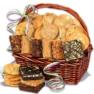 Baked Goods Christmas Gift Basket. Photo Credit: www.gourmetgiftbaskets.com -