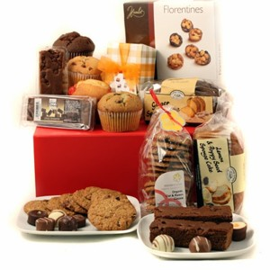 Baked Goods Hamper. Photo Credit: www.cityfruits.com