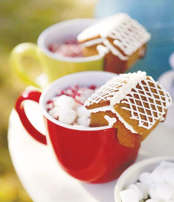 Mini Gingerbread House Treats