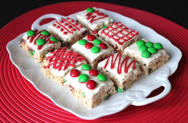 Christmas-Rice-Krispie-Treats-Bars