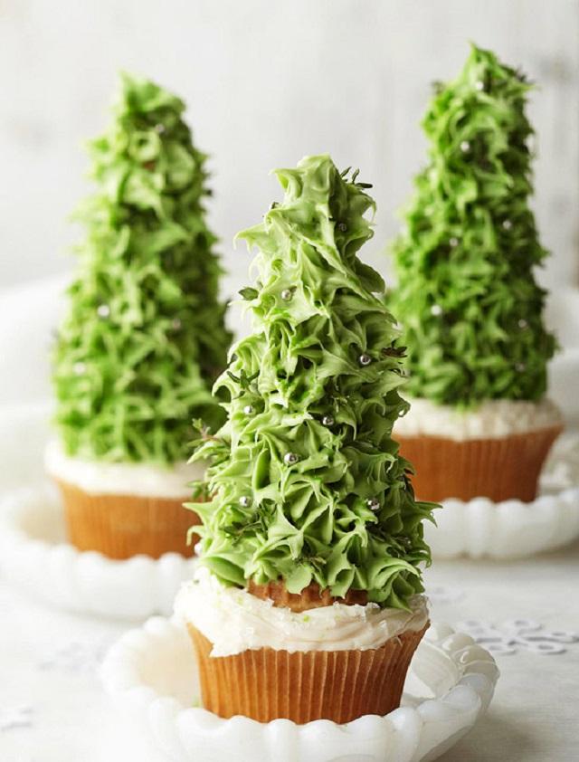Cute-Christmas-Treats-Christmas-Tree-Cupcake