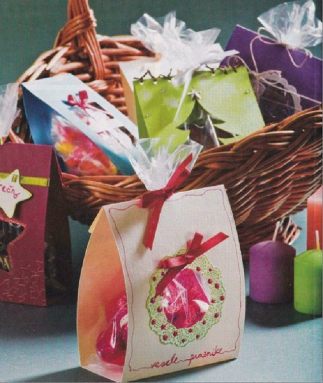 Easy-Homemade-Christmas-Ornaments-Christmas-Packages