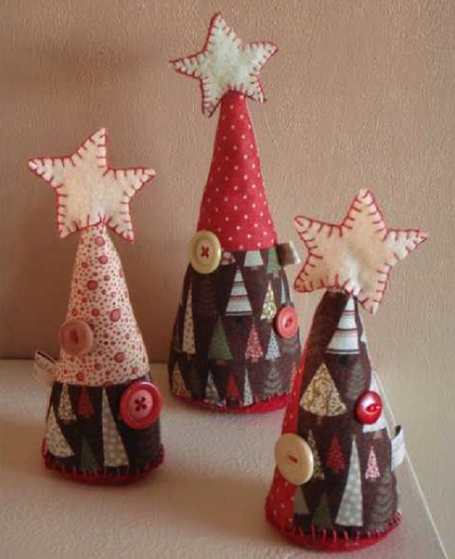Easy-Homemade-Christmas-Ornaments-DIY-Miniature-Chistmas-Tree