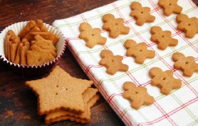 Homemade-Christmas-Treats-Graham-Christmas-Cookies