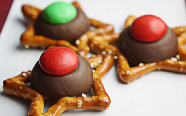 No-Bake-Christmas-Treats-Star-Cookies