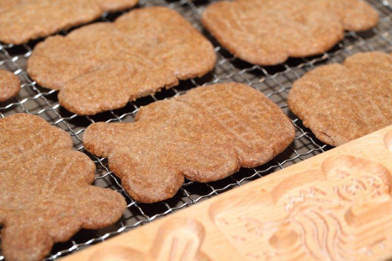 Speculaas Cookies from weekendbakery.com