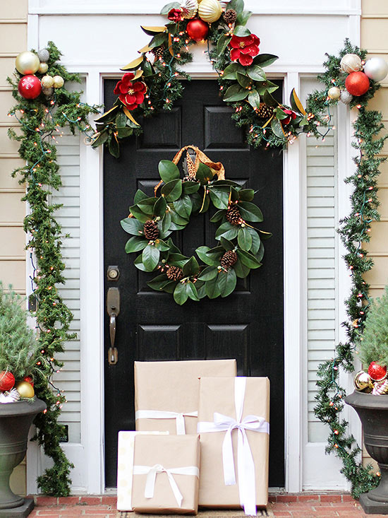 Decorated-Christmas-porch
