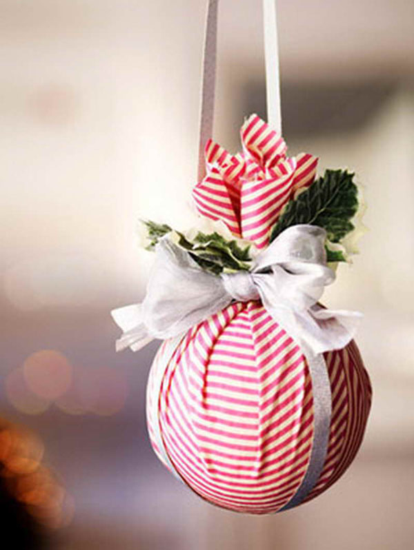 17 easy to make christmas decorations christmas for Christmas decoration ideas to make