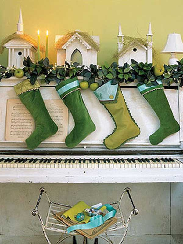 christmas-stocking-decorating-ideas