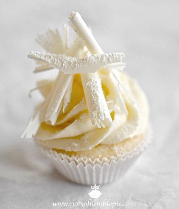 cute-christmas-cupcakes-10