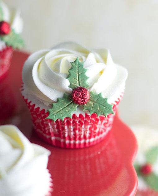 cute-christmas-cupcakes-11