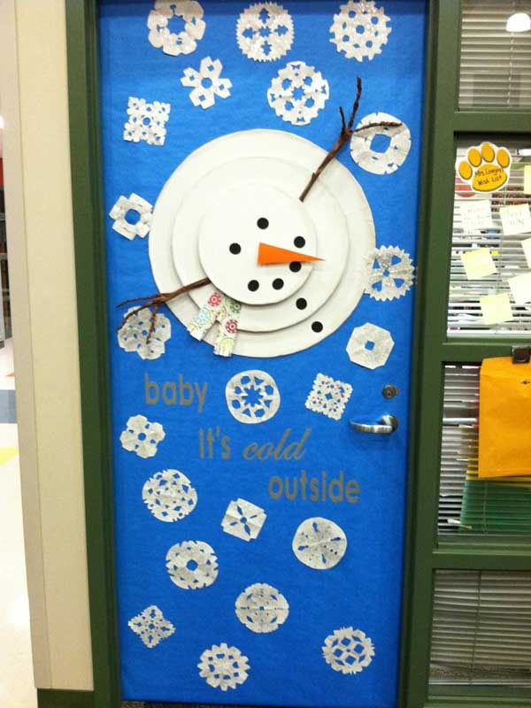 Classroom Winter Decor ~ Christmas door decorating ideas celebrations