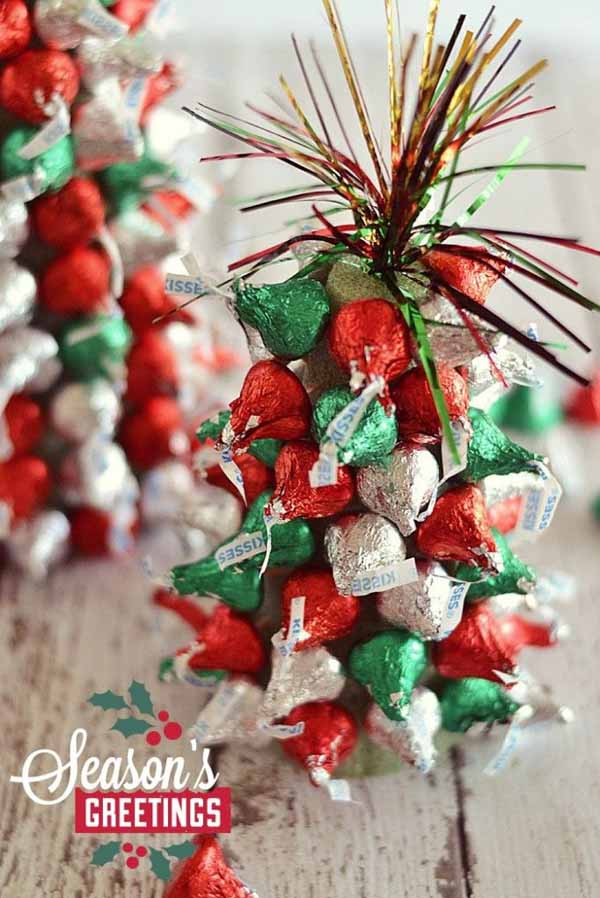 Top christmas centerpiece ideas for this christmas for Simple christmas decorations to make