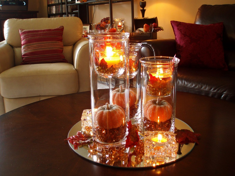 incredible christmas candle center piece - How To Decorate A Round Coffee Table For Christmas