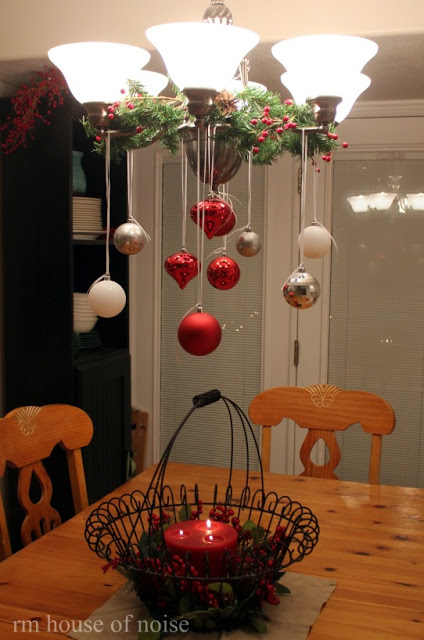 a simple christmas decoration