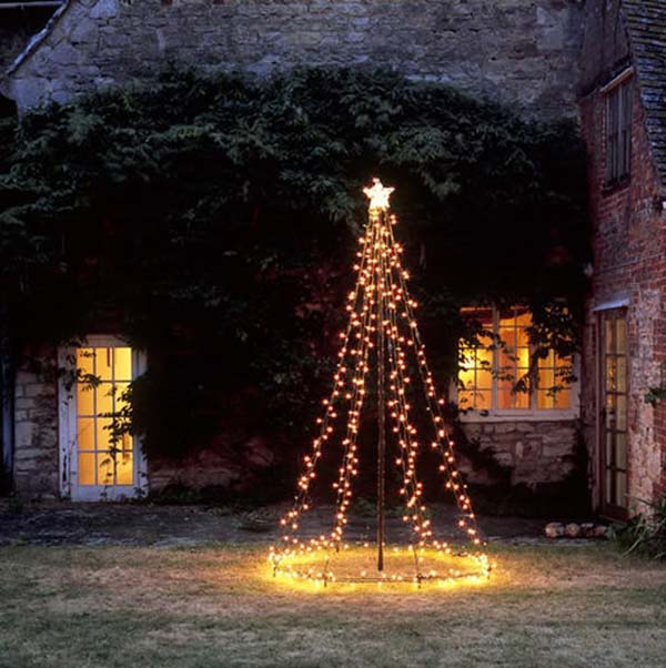 lighted christmas outdoor decorations - Christmas Decorating Ideas For Outdoor Trees